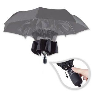 Einer unserer technisch raffiniertesten Schirme ist der KlappMAXX, der sich automatisch vollständig schließt. Mit eigenem Logoaufdruck ein hervorragender Werbeträger.