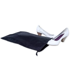 Dieser Vliesbeutel für Schuhe ist zum Aufbewahren und zum Schutz von Schuhen gedacht und mit eigenem Logo bedruckbar.